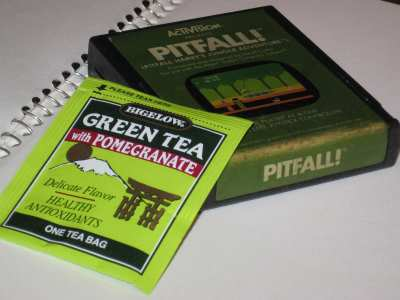Bigelow Green Tea with Pomegranate – One of Life's Pitfalls