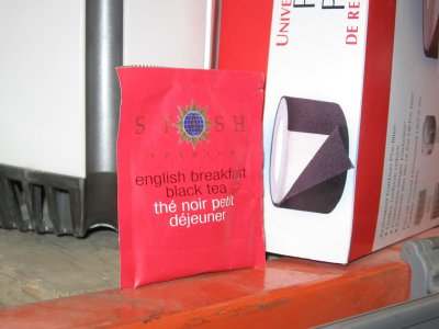 Stash English Breakfast Tea – A Flashy, Elegant Front