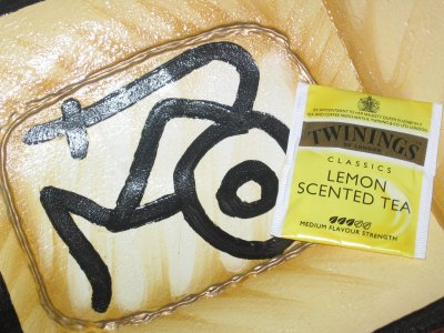 Twinings Lemon Scented Tea &#8211; Smells Just Like the Citrus
