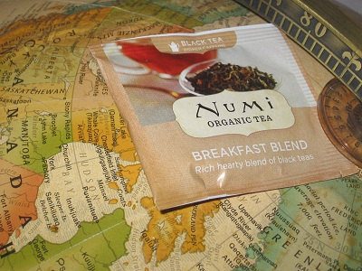 Numi Breakfast Blend Tea – Sittin' On Top Of The World